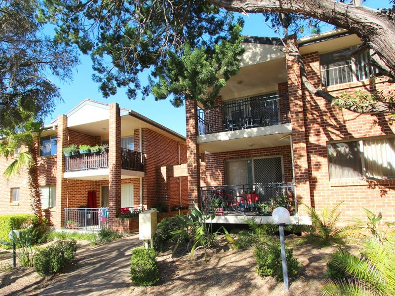 2/26-32 Shaftesbury Street, Carlton, NSW 2218