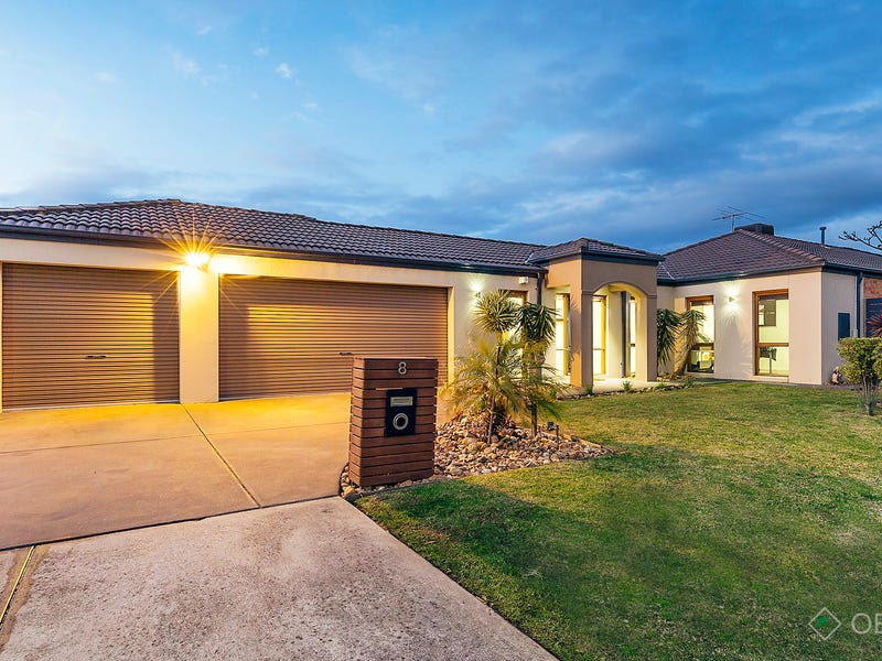 8 Carmody Court, Cranbourne, Vic 3977
