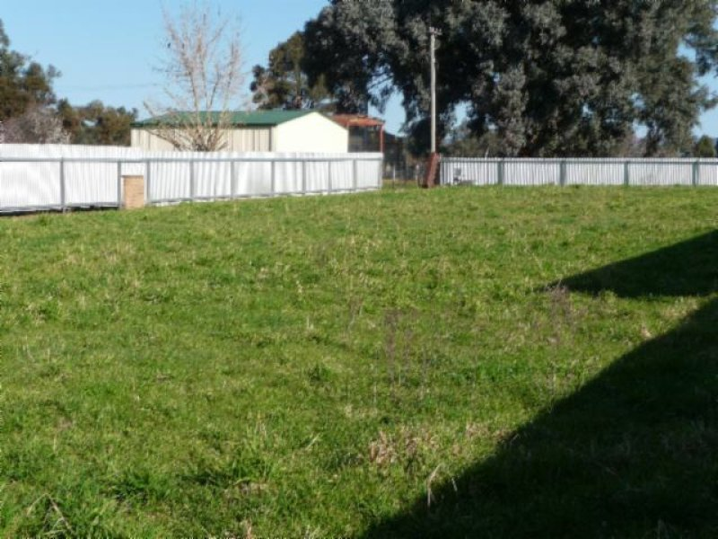24 BARDWELL ST, Holbrook, NSW 2644