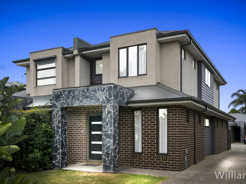 2/10 Laurie Street, Newport, Vic 3015