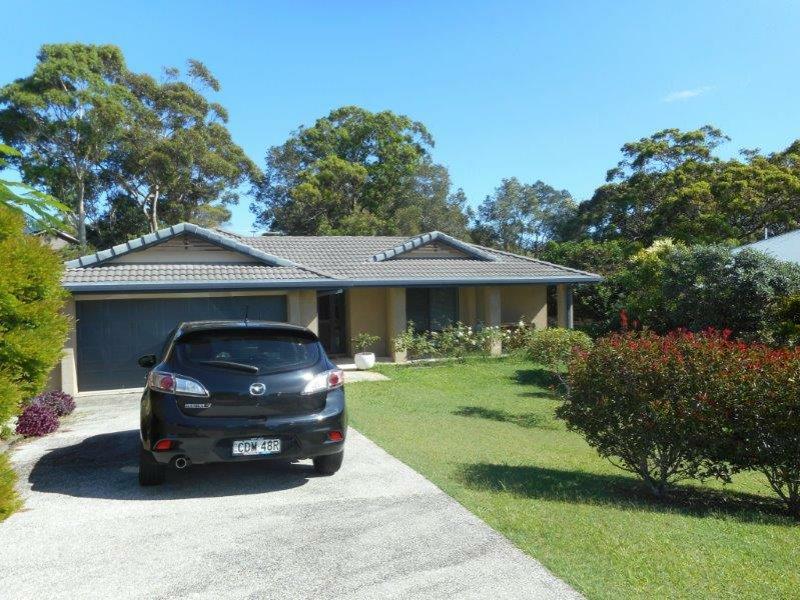 26 Rafferty Crescent, South West Rocks, NSW 2431