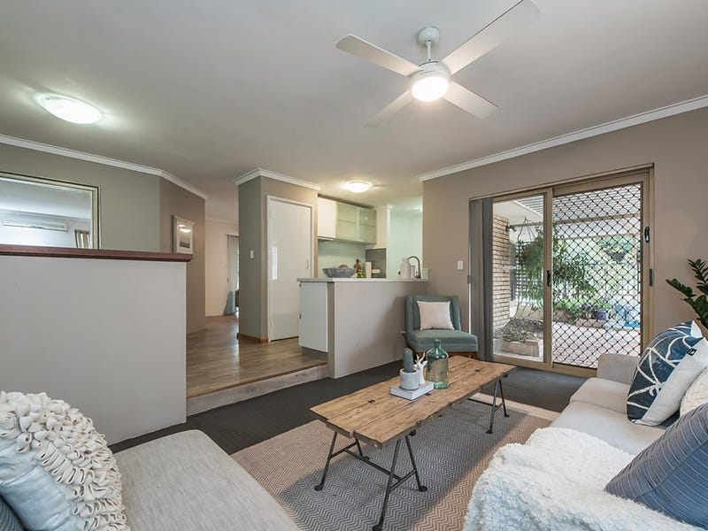14 Petrel Close, Beldon, WA 6027