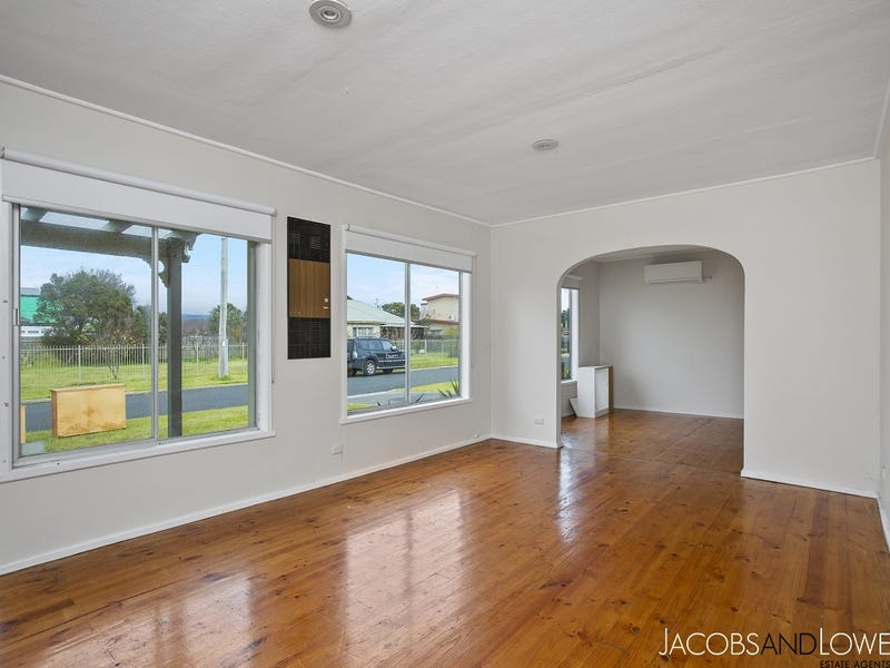 99 Rymer Avenue, Safety Beach