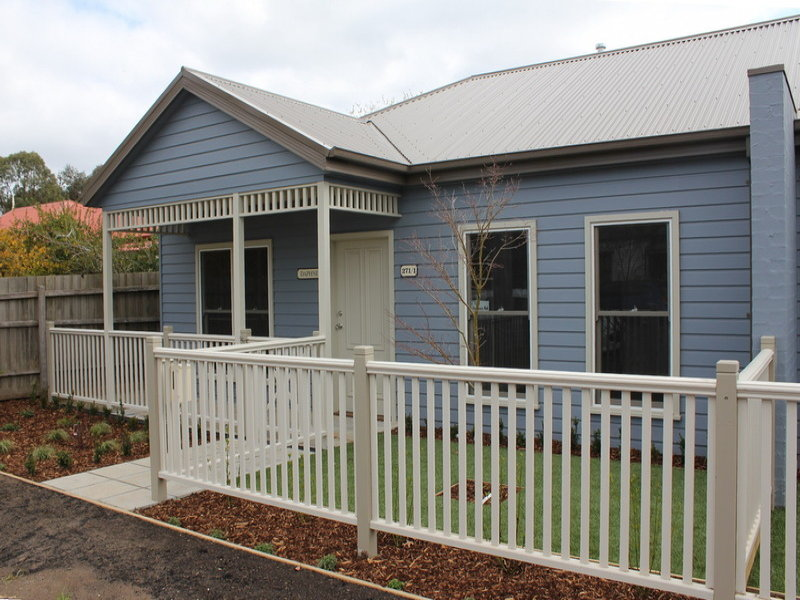 1/271 Station Road, New Gisborne, Vic 3438