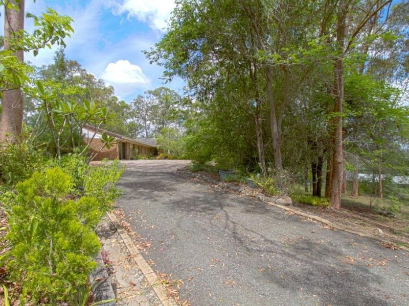 4 Woodville Place, Yatala, Qld 4207