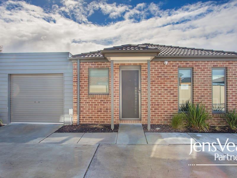 5 Ron Court, Canadian, Vic 3350