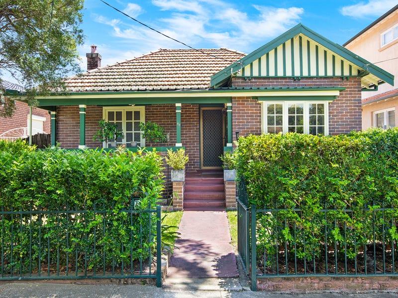 44 Noble Street, Rodd Point, NSW 2046