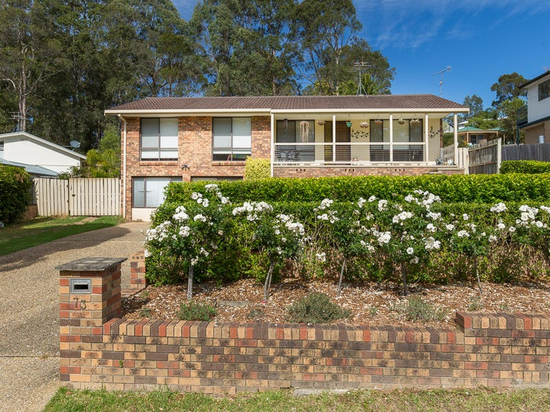 73 Karoola Crescent, Surfside, NSW 2536