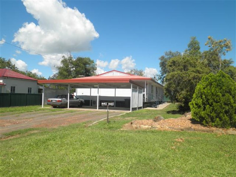 23 Spencer Street, Roma, Qld 4455