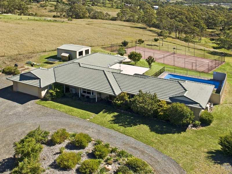 8 Echidna Crescent, Toowoomba, Qld 4350