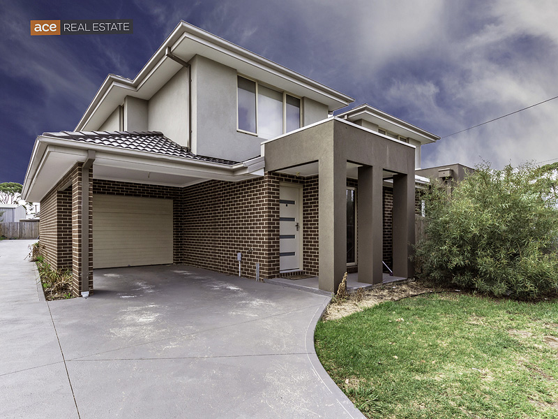 2/3 McNamara Road, Laverton, Vic 3028