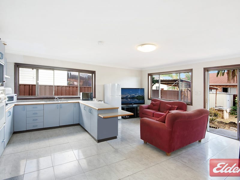 18 Lupin Avenue, Fairfield East, NSW 2165
