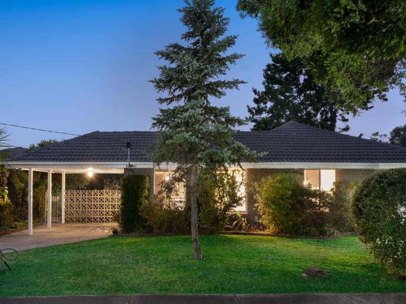 12 Lotus Crescent, Mulgrave, Vic 3170