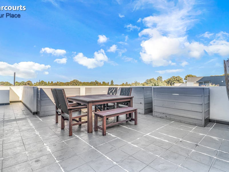2/5 Dunlop Avenue, Ropes Crossing, NSW 2760