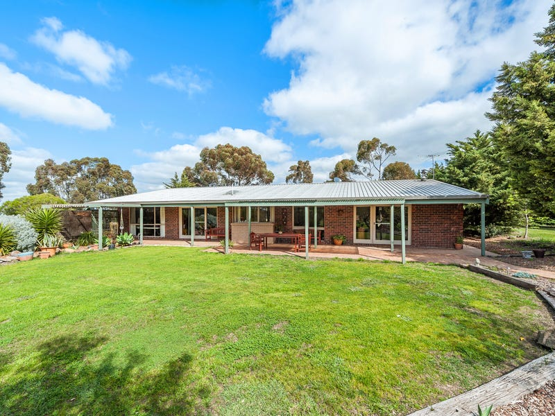 1028 Settlement Road, Clarkefield, Vic 3430