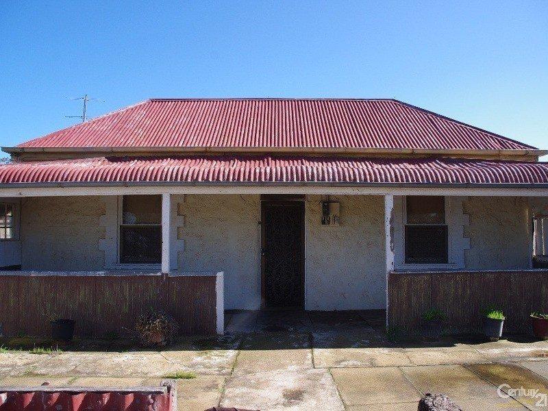 18 Milne Street, Moonta Mines, SA 5558