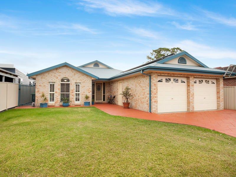 49 Griffith Street, Oak Flats, NSW 2529