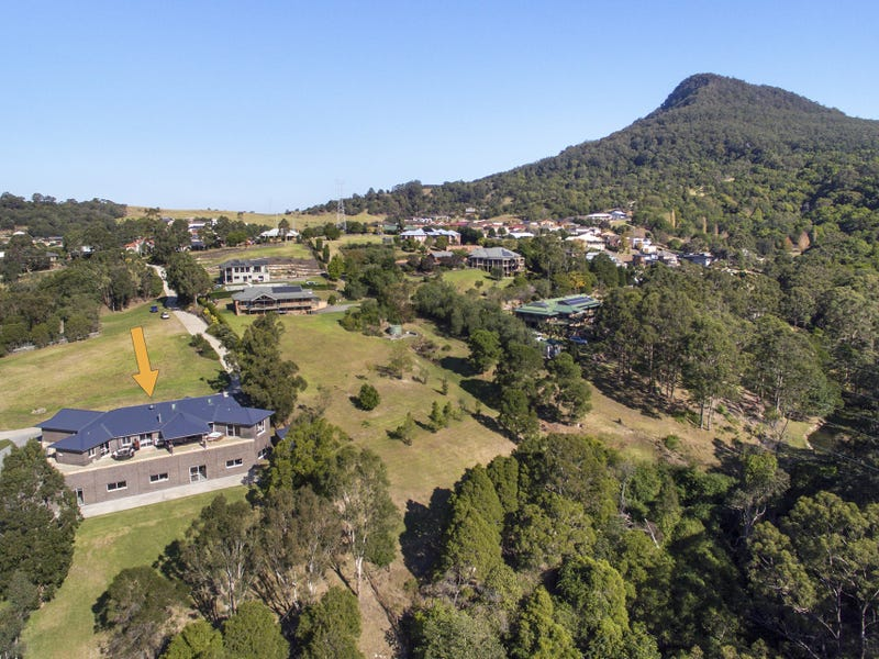 70 Williams James Drive, Mount Kembla, NSW 2526