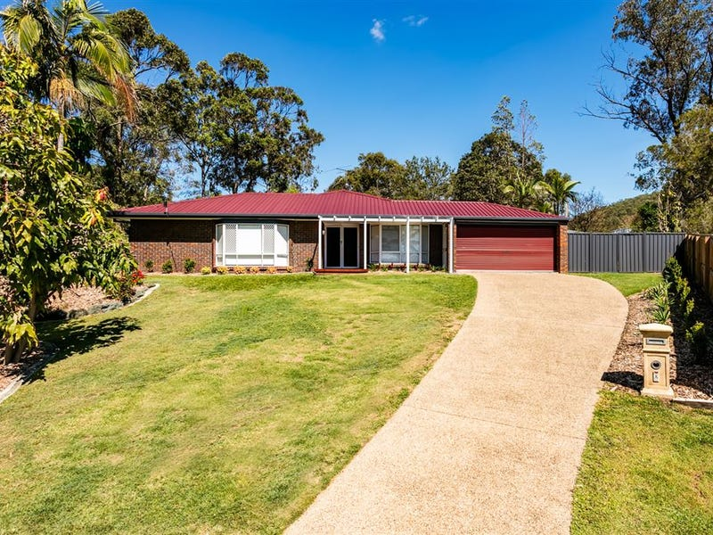 8 Minnie Place, Windaroo, Qld 4207