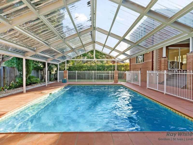 4 Oxford Place, St Ives, NSW 2075