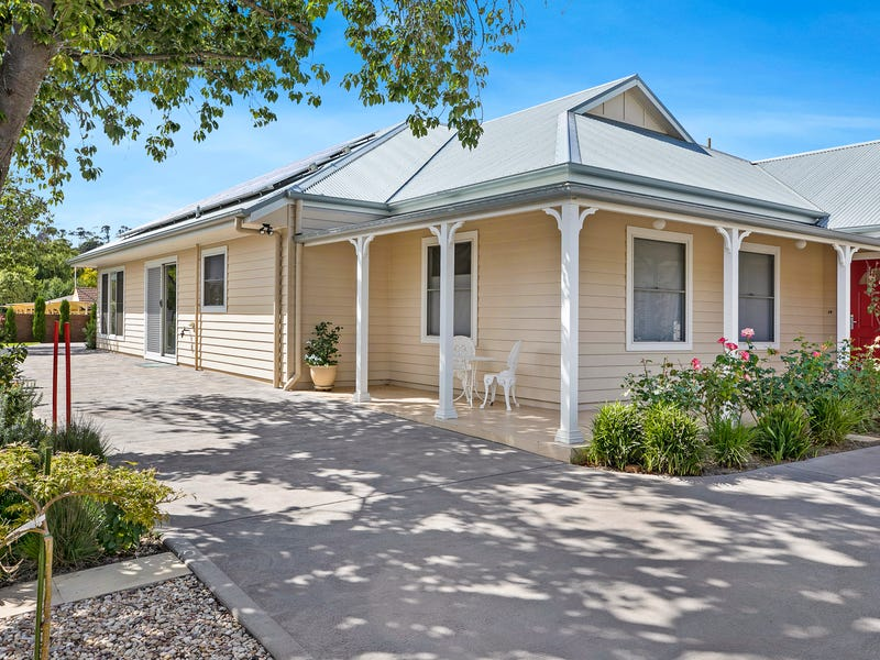 16 Una Street, Bowral, NSW 2576