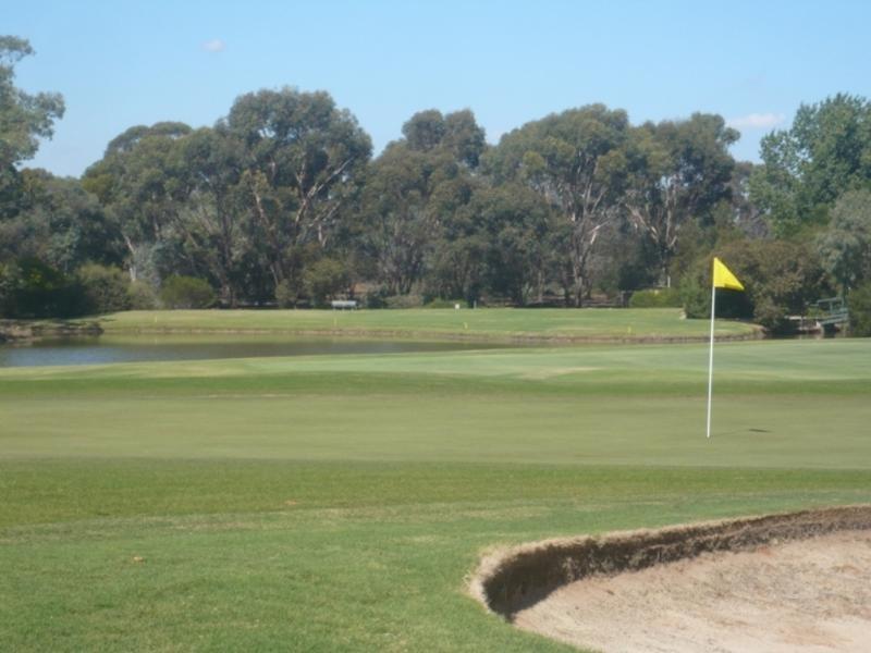 15 Goldfinch Court, Murray Downs