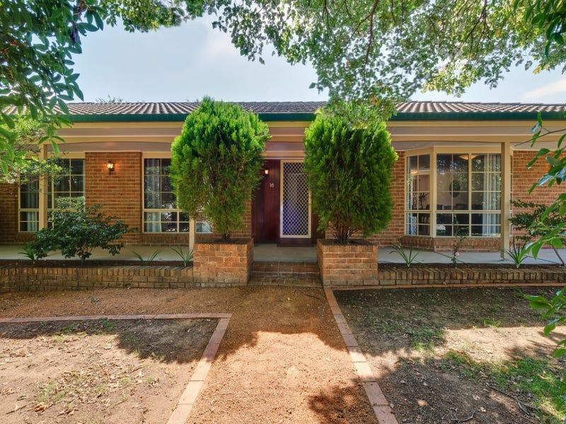 16 Elm Way, Jerrabomberra, NSW 2619