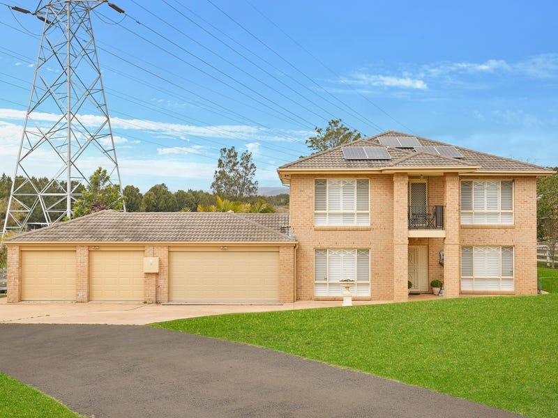 5 Trifecta Place, Kembla Grange, NSW 2526