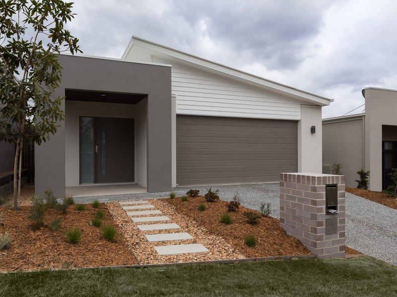45 Bloom Ave, Coomera