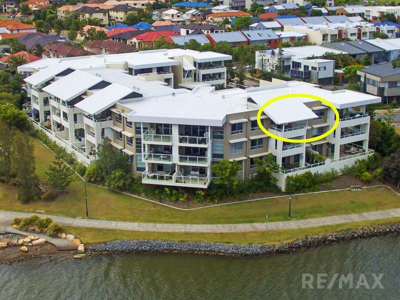 28/1 Lakefront Cr, Varsity Lakes, Qld 4227
