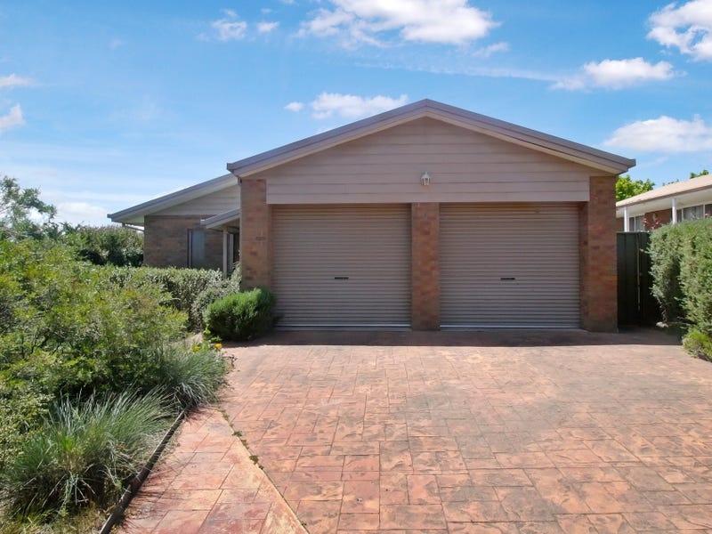 9 Somerset Crescent, Mansfield, Vic 3722