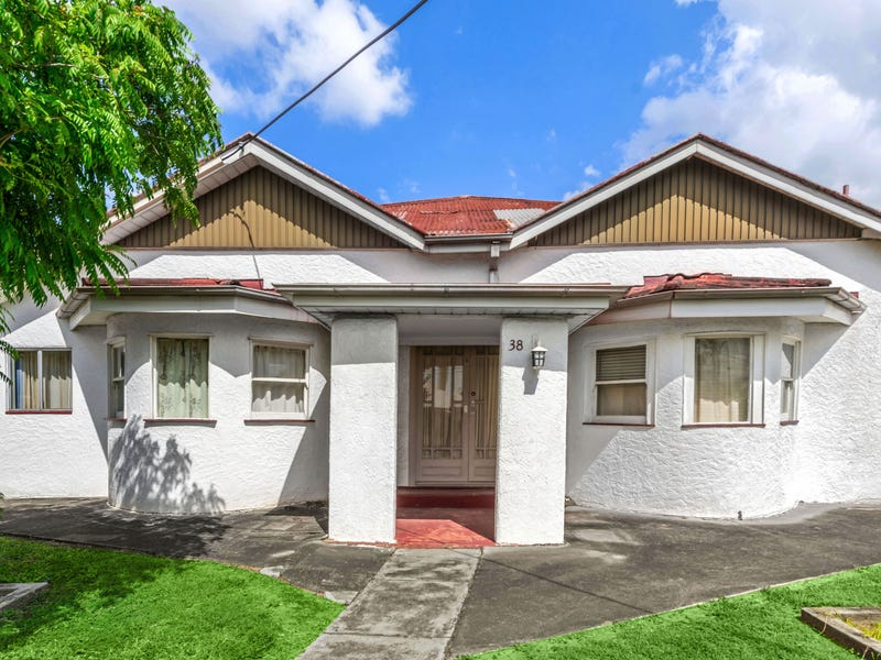 38 Arthur Terrace, Red Hill, Qld 4059