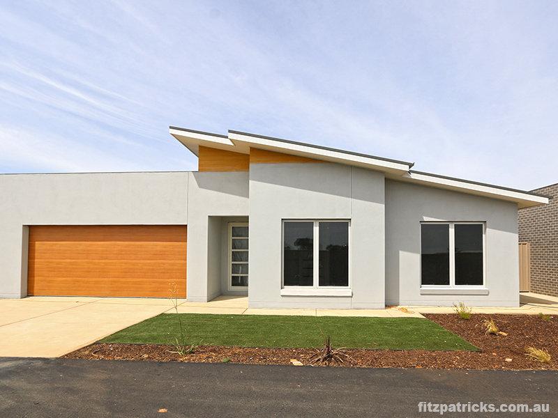 2/16 Chipp Place, Lloyd, NSW 2650
