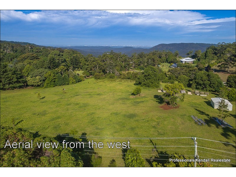 4 Lahey Lookout Road, Tamborine Mountain, Qld 4272