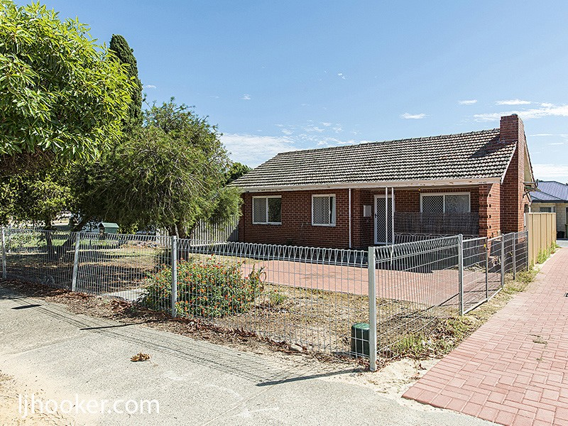 42 Cross Street, Queens Park, WA 6107