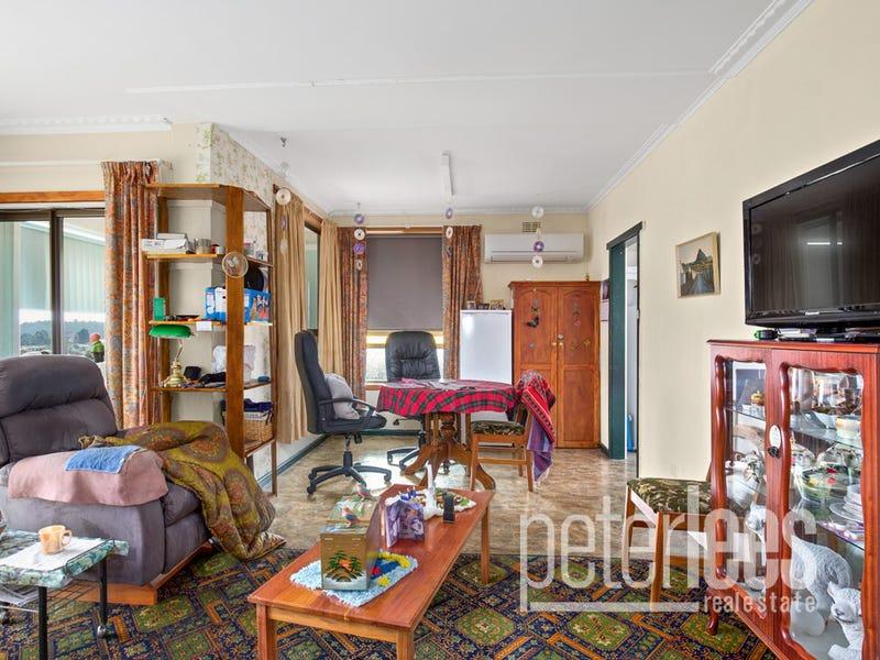 148 Charles Street, Beauty Point, Tas 7270