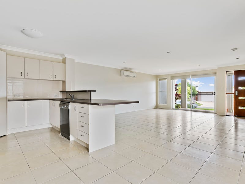 2 / 2 Cable Crescent, Mountain Creek