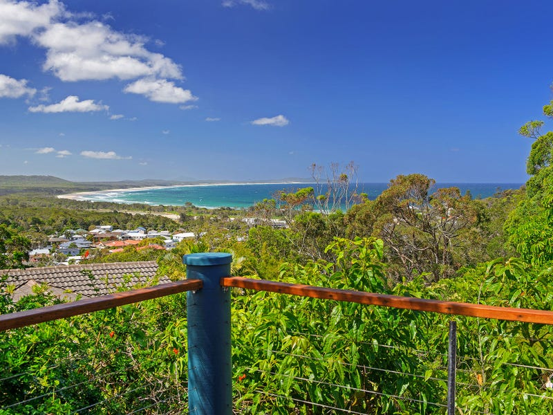 30 Skyline Crescent, Crescent Head, NSW 2440