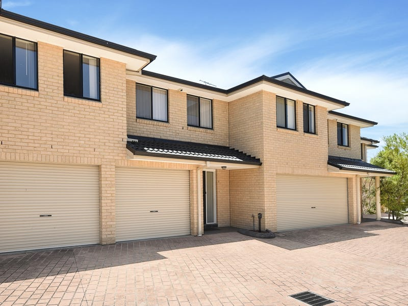 4/5 Wedge place, Lurnea, NSW 2170