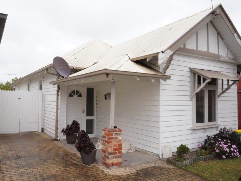 33 Ballarat Rd, Maidstone, Vic 3012