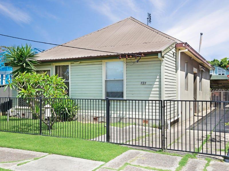 121 Everton Street, Hamilton, NSW 2303