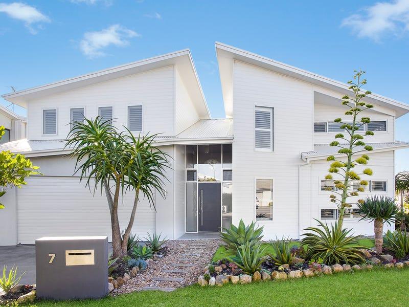 7 Greenhills Street, Greenhills Beach, NSW 2230