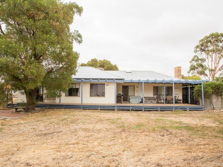 234 Centre Road, Drung, Vic 3401