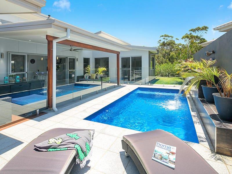 12 Red Ash Road, Sapphire Beach, NSW 2450