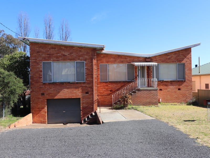 28 Lawrance Street, Glen Innes, NSW 2370