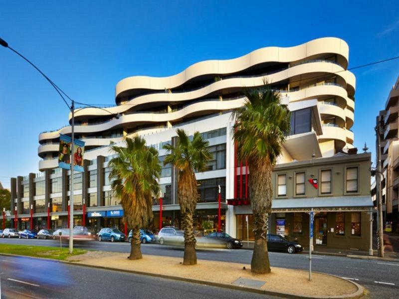 408/108 Bay Street, Port Melbourne, Vic 3207