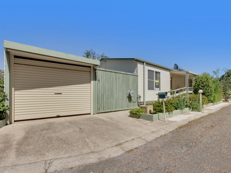 4 The Pines Avenue, Symonston, ACT 2609