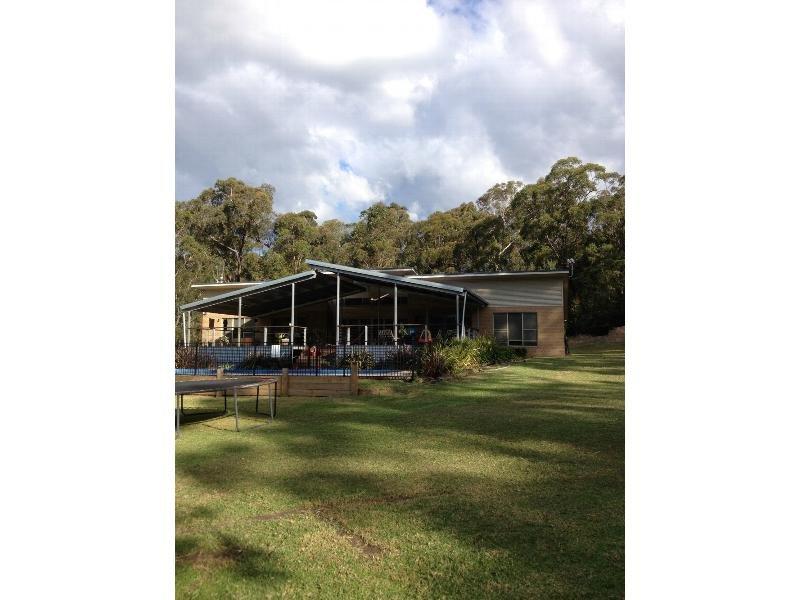 70 Sinclair Road, Falls Creek, NSW 2540