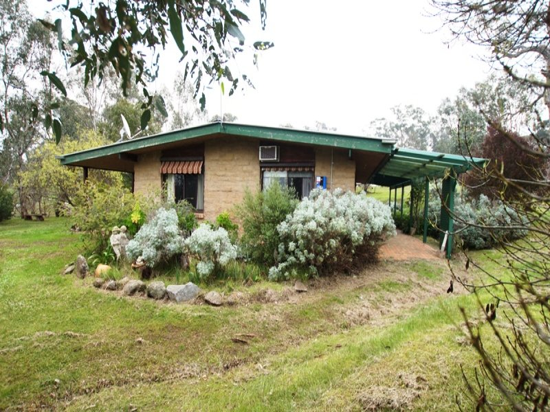 1004 Coliban Park Rd, Sutton Grange, Vic 3448