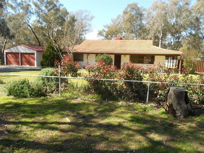 28 Winslow Street, Koorawatha, NSW 2807